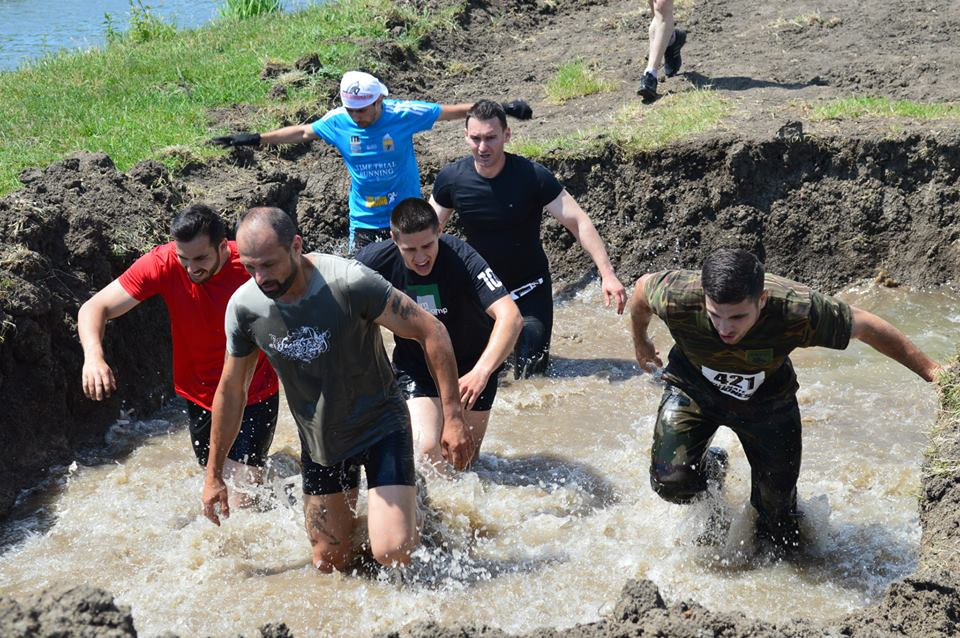 ULTIMATE MUDNESS 2015 – La noroi…inainte